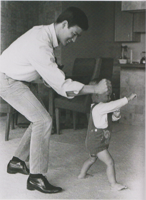Bruce-Lee-and-Brandon-Lee